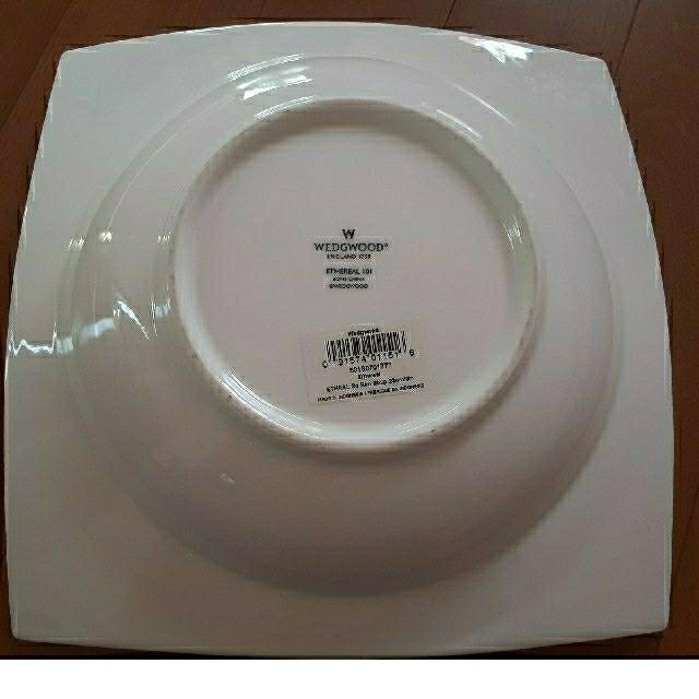 WEDGWOOD(ウェッジウッド)のウェッジウッド 皿 スクエアボウル インテリア/住まい/日用品のキッチン/食器(食器)の商品写真