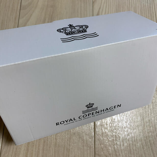ROYAL COPENHAGEN(ロイヤルコペンハーゲン)のロイヤルコペンハーゲン ペアマグカップ インテリア/住まい/日用品のキッチン/食器(グラス/カップ)の商品写真