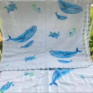 ローラアシュレイ(LAURA ASHLEY)の[シングル]クジラ柄のガーゼケット ローラアシュレイ   新品(タオルケット)