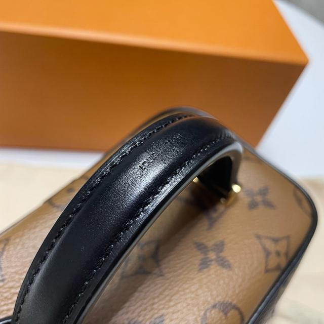 LOUIS VUITTON(ルイヴィトン)の【LOUIS VUITTON】ヴァニティ NV PM レディースのバッグ(ショルダーバッグ)の商品写真