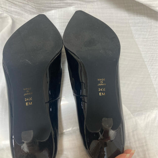 DIANA(ダイアナ)のDIANA ブラックパンプス レディースの靴/シューズ(ハイヒール/パンプス)の商品写真