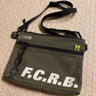 エフシーアールビー(F.C.R.B.)のFCRB サコッシュ(ショルダーバッグ)