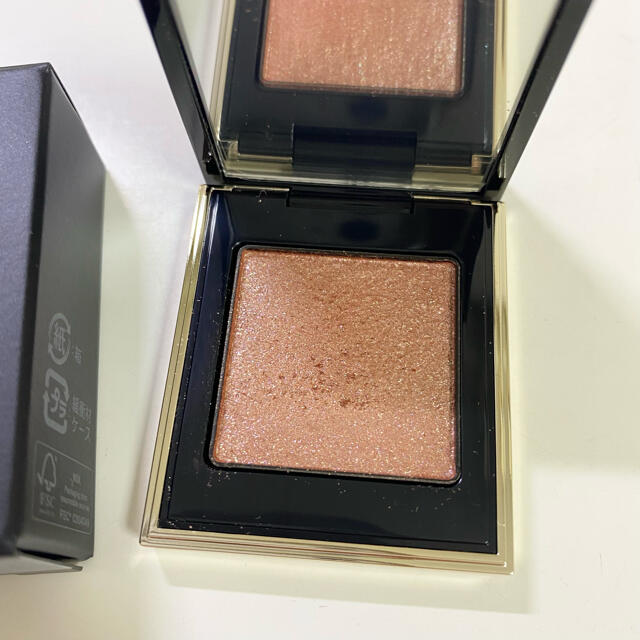 SUQQU(スック)のSUQQU スック トーンタッチアイズ 109 陽雫 アイシャドウ コスメ/美容のベースメイク/化粧品(アイシャドウ)の商品写真