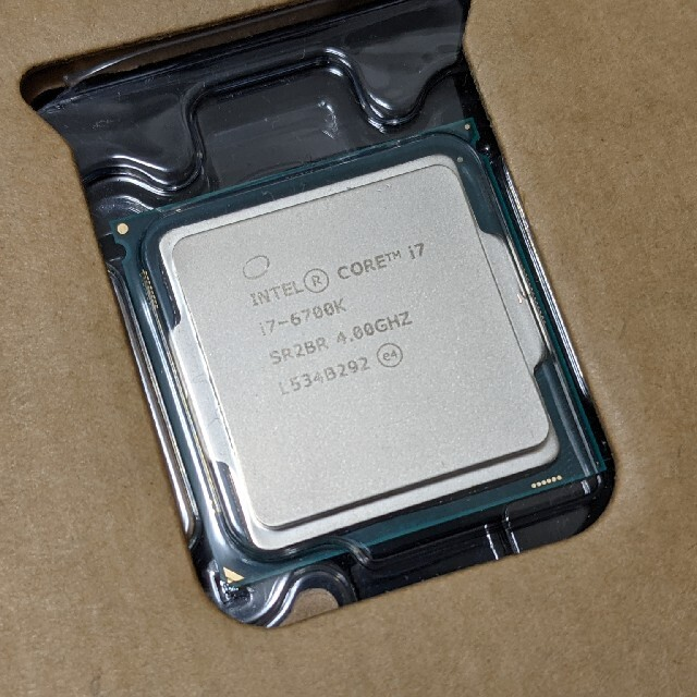 CPU intel Core i7 6700K  スマホ/家電/カメラのPC/タブレット(PCパーツ)の商品写真