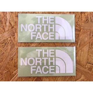 ザノースフェイス(THE NORTH FACE)の白3黒2ノースフェイス カッティングステッカー 白 2枚 正規品(その他)
