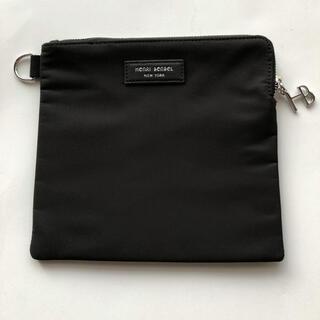 ヘンリベンデル(Henri Bendel)の完売品 新品 未使用 ヘンリベンデル ポーチ ブラック(ポーチ)