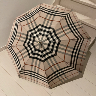 BURBERRY - 【ほぼ未使用】希少!BURBERRY 雨傘 カバー付き