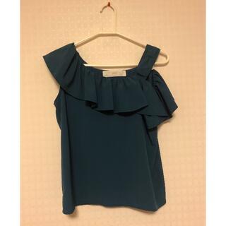 トッコ(tocco)のtocco の深緑Tシャツ 肩空き(Tシャツ(半袖/袖なし))