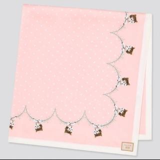 ユニクロ(UNIQLO)の新品タグ付✨猫柄スカーフ(バンダナ/スカーフ)