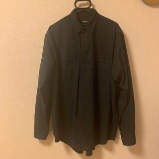 ビームス(BEAMS)のBEAMS 黒シャツ Mサイズ(シャツ)