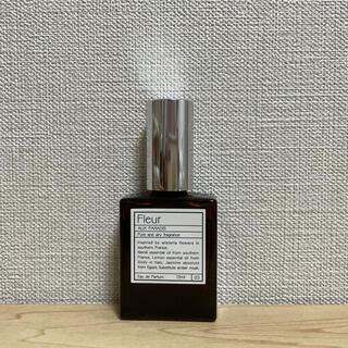 オゥパラディ(AUX PARADIS)のAUXPARADIS Fleur 15ml(香水(女性用))