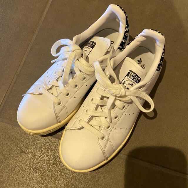 adidas(アディダス)の★アディダス 大人気スタンスミス★ 22cm 希少 レディースの靴/シューズ(スニーカー)の商品写真