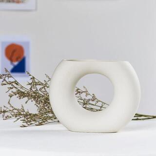 【新品&匿名配送】韓国雑貨 インテリア ドーナッツ型 花瓶 北欧 ホワイト