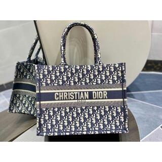 クリスチャンディオール(Christian Dior)のChristian Dior トートバッグ(トートバッグ)