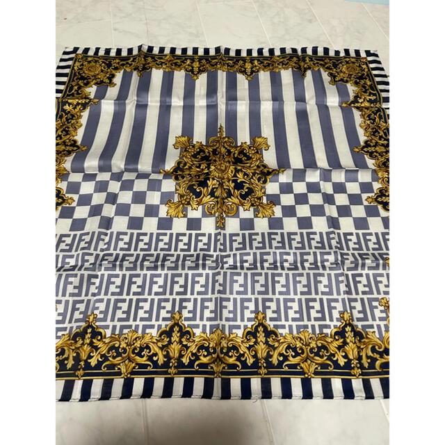 【新品】☆フェンディ FENDI スカーフ ハンカチ レディースのファッション小物(ハンカチ)の商品写真