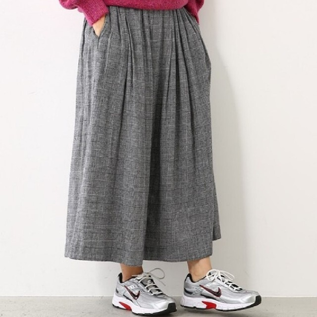 RODEO CROWNS WIDE BOWL(ロデオクラウンズワイドボウル)のロデオクラウンズ マルチチェックボリュームマキシスカート レディースのスカート(ロングスカート)の商品写真