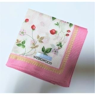 ウェッジウッド(WEDGWOOD)のWEDGWOOD/ウエッジウッド ワイルドストロベリー柄ハンカチ(ピンク)(ハンカチ)