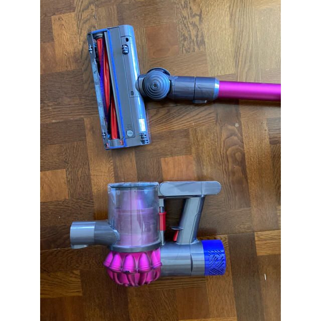 Dyson(ダイソン)のダイソン掃除機 v6  ジャンク品 スマホ/家電/カメラの生活家電(掃除機)の商品写真