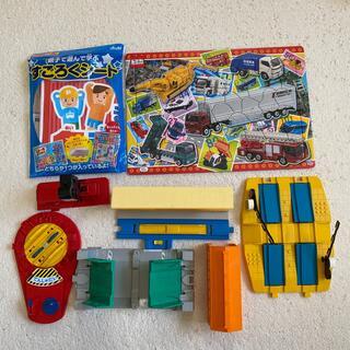 トミー(TOMMY)のTONY トミカ&プラレール 踏み切り 転車台 パズル他(知育玩具)