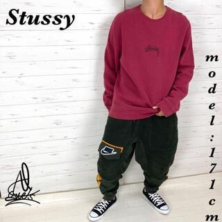 ステューシー(STUSSY)の《希少カラー》Stussy ステューシー スウェットL☆センターロゴ 紅色 刺繍(スウェット)