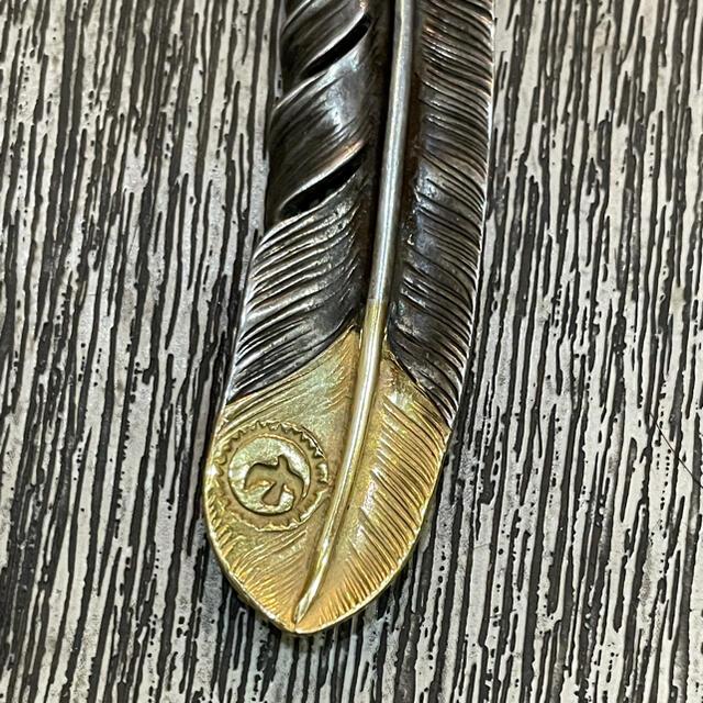 goro's(ゴローズ)のゴローズ  goro's  先金フェザー 左 メンズのアクセサリー(ネックレス)の商品写真