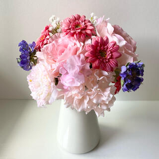 フランフラン(Francfranc)のバラとガーベラのかわいいブーケ 東京堂 Magic(ブーケ)