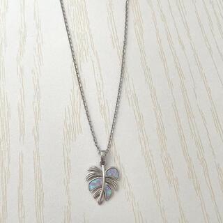 Monstera opal     irie beachネックレス