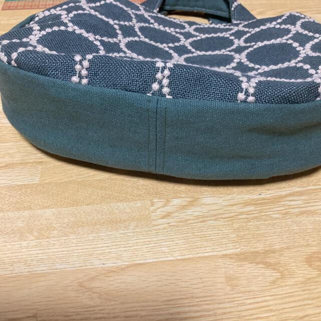 mina perhonen(ミナペルホネン)のミナペルホネン まあるいバック ハンドメイド ハンドメイドのファッション小物(バッグ)の商品写真