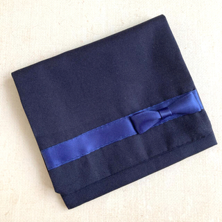 紺 リボン 移動ポケット(外出用品)