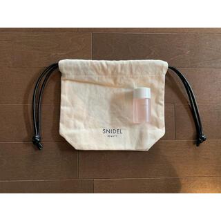コスメキッチン(Cosme Kitchen)のsnidel beauty巾着ポーチ非売品モイストバランシングローション(化粧水/ローション)