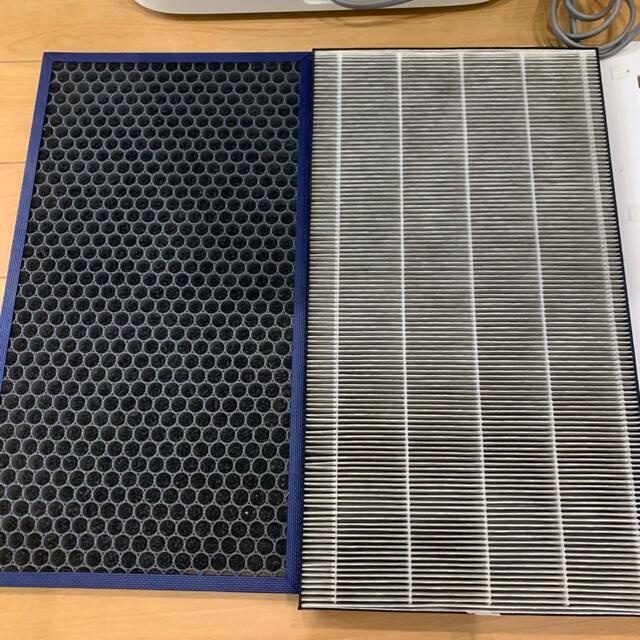 シャープ加湿空気清浄機 KI-GS70-W スマホ/家電/カメラの生活家電(加湿器/除湿機)の商品写真