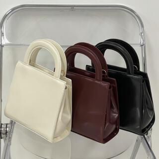 STYLENANDA - 【予約商品】《3カラー》スクエアバッグ チェーン付 秋 韓国ファッション