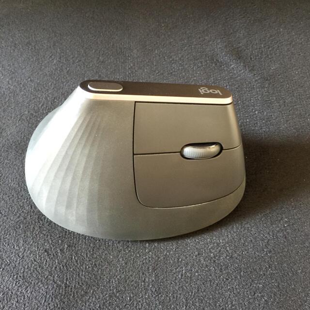 ロジクール ワイヤレスマウス MX Vertical スマホ/家電/カメラのPC/タブレット(PC周辺機器)の商品写真