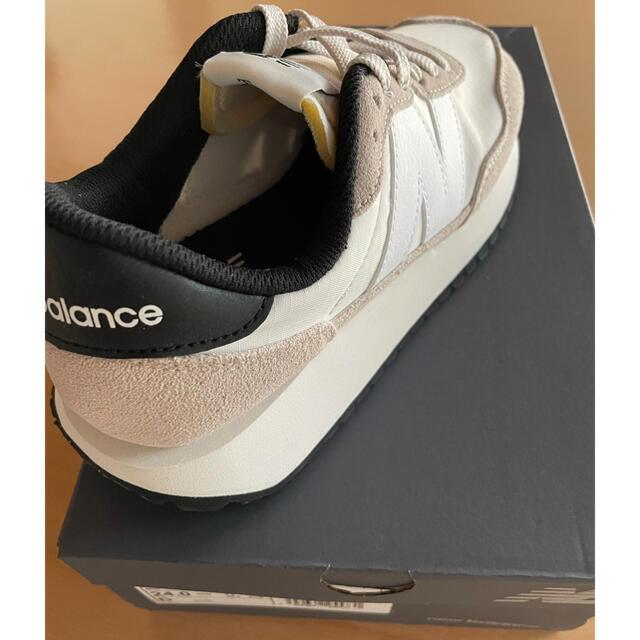New Balance(ニューバランス)のnew balance スニーカー 24.0cm 新品未使用 レディースの靴/シューズ(スニーカー)の商品写真