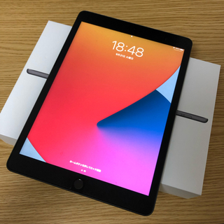 iPad - 【美品】iPad Wi-Fi 第8世代 スペースグレイ MYL92J/A