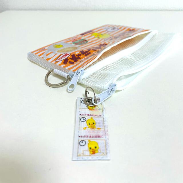 チキンラーメンミニパッケージ ダブルファスナーポーチ 小さめ レディースのファッション小物(ポーチ)の商品写真