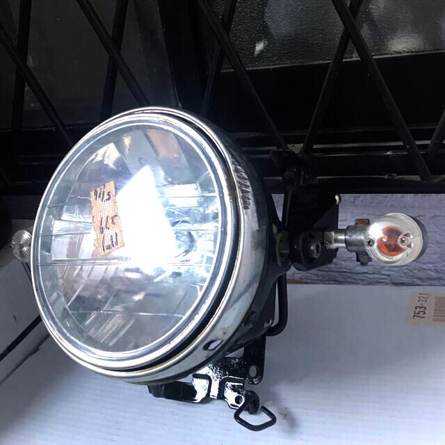 カワサキ(カワサキ)のZR250B バリオス250cc 2型 ヘッドライト ウインカー カワサキわ 自動車/バイクのバイク(パーツ)の商品写真