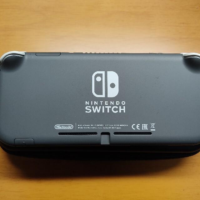 Nintendo Switch(ニンテンドースイッチ)のSwitch Lite グレー  エンタメ/ホビーのゲームソフト/ゲーム機本体(携帯用ゲーム機本体)の商品写真