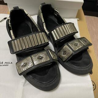 トーガ(TOGA)のtoga pulla metal sneaker sandals 40 サンダル(サンダル)