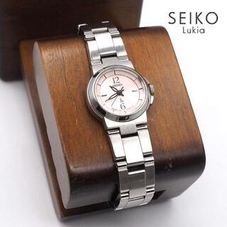 グランドセイコー(Grand Seiko)の《美品》SEIKO lukia 腕時計 ピンク クォーツ ビジネス 10気圧防水(腕時計)