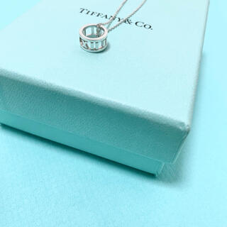 Tiffany & Co. - 【美品】Tiffany & Co. アトラス オープン ペンダント ネックレス