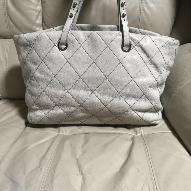 CHANEL(シャネル)のCHANEL シャネル オンザロード シャネル ショルダーバッグ レディースのバッグ(ショルダーバッグ)の商品写真