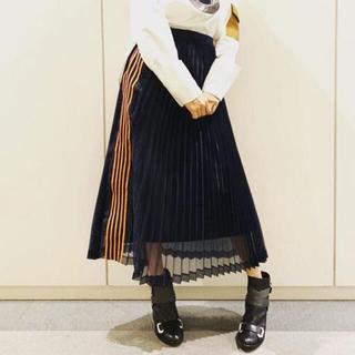 サカイ(sacai)のCLEANA プリーツスカート(ロングスカート)