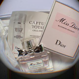 Dior - DIOR ブルーミング ブーケ