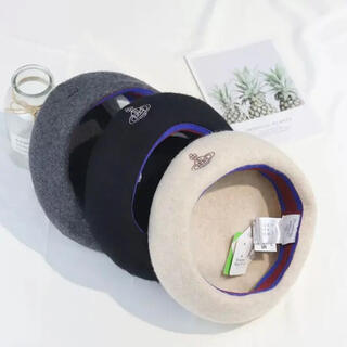 Vivienne Westwood - ヴィヴィアンウエストウッド ベレー帽 黒はすぐに発送出来ます◎