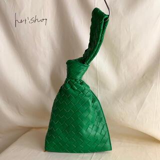 しっとり 羊皮 本革 レザー 巾着 ハンドバッグ クラッチ ミニ 編み込み(クラッチバッグ)