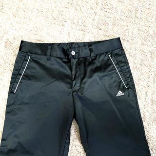 アディダス(adidas)の【美品】黒・クロップドパンツ(クロップドパンツ)