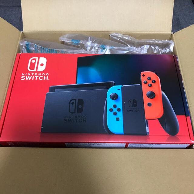 Nintendo Switch(ニンテンドースイッチ)の【即発送】任天堂スイッチ Nintendo switch ネオンブルー レッド  エンタメ/ホビーのゲームソフト/ゲーム機本体(家庭用ゲーム機本体)の商品写真