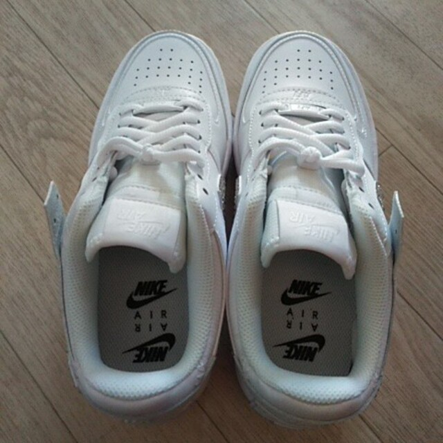 NIKE(ナイキ)のナイキスニーカー レディースの靴/シューズ(スニーカー)の商品写真