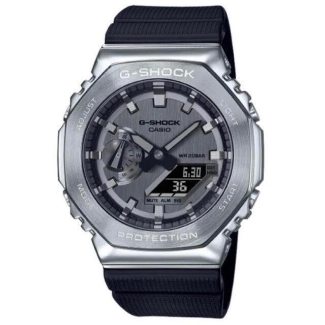 G-SHOCK(ジーショック)の新品未使用 CASIO G-SHOCK GM-2100-1AJF カシオーク メンズの時計(腕時計(アナログ))の商品写真